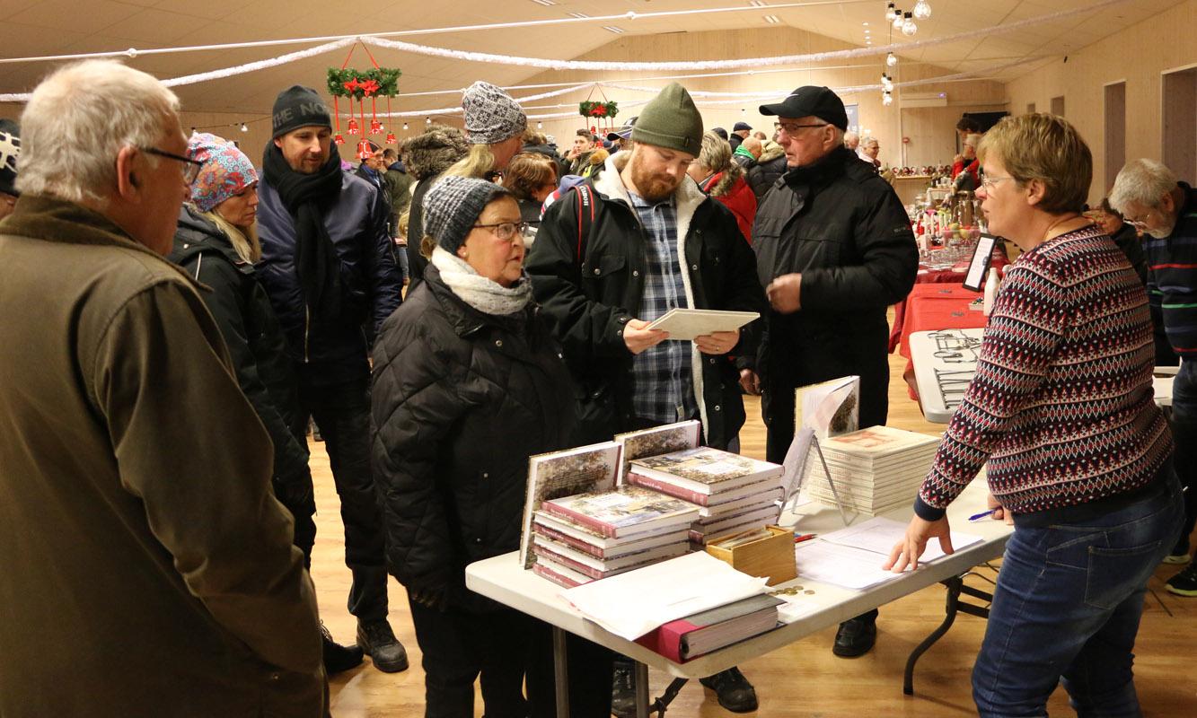 Marita Borkowski höll i försäljningen av den nya boken.