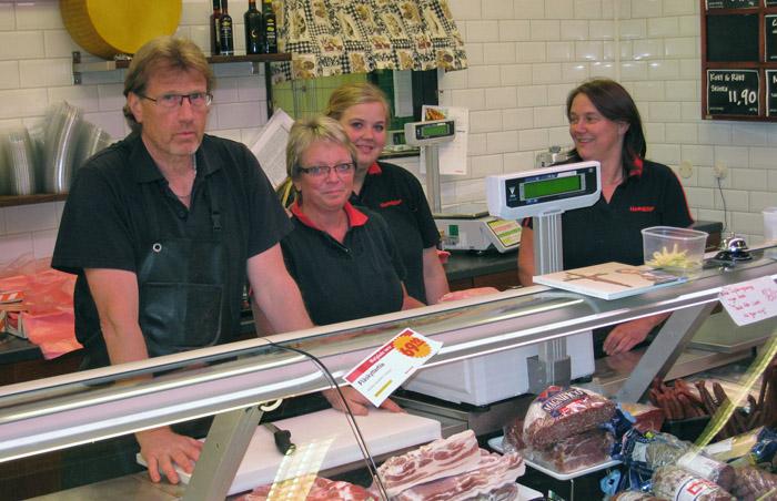 Anders, Malena och Marianne Thor tillsammans med Margareta Wolfram. Bildarkivet - 2011.